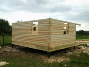 Установка коробки, формирование внутренних перекрытий, пола, потолка и крыши;