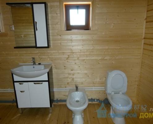 Установка унитаза деревянном доме