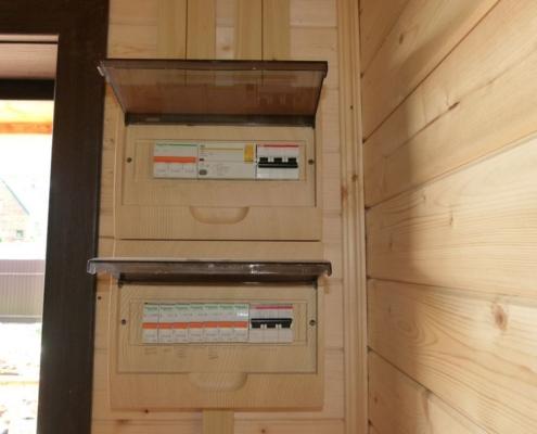 деревянный дом электропроводка