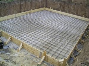Как устанавливается плитный фундамент